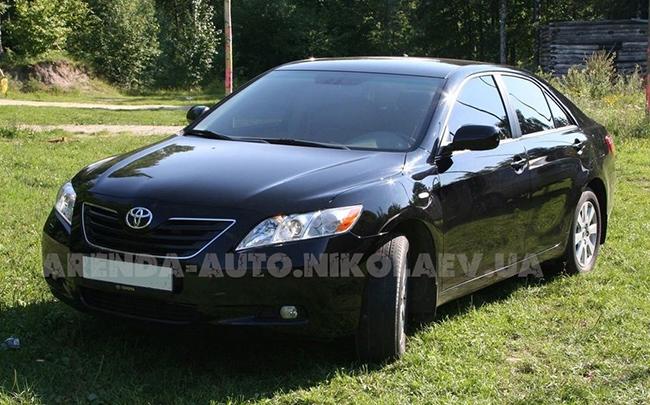 Аренда Toyota Camry 40 на свадьбу Николаев