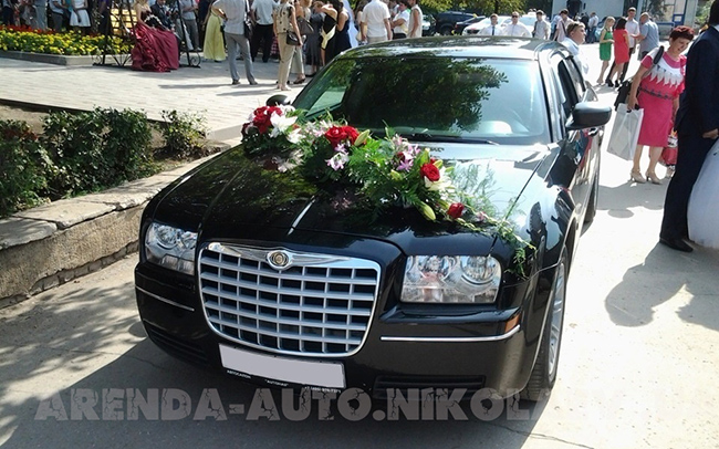 Аренда Chrysler 300C на свадьбу Николаев