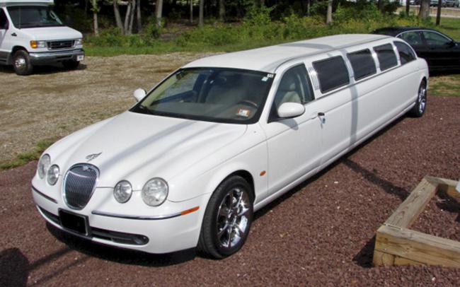 Аренда Лимузин Jaguar на свадьбу Николаев