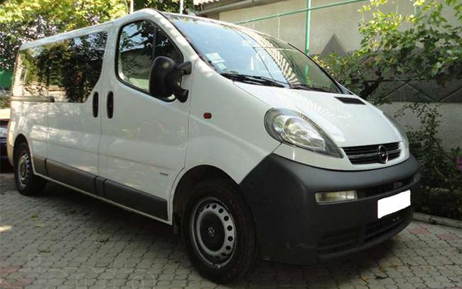 Аренда Микроавтобус Opel Vivaro на свадьбу Николаев
