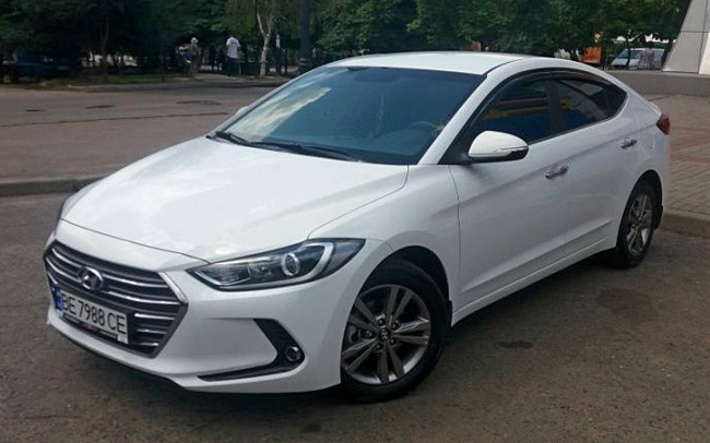Аренда Hyundai Elantra New на свадьбу Николаев